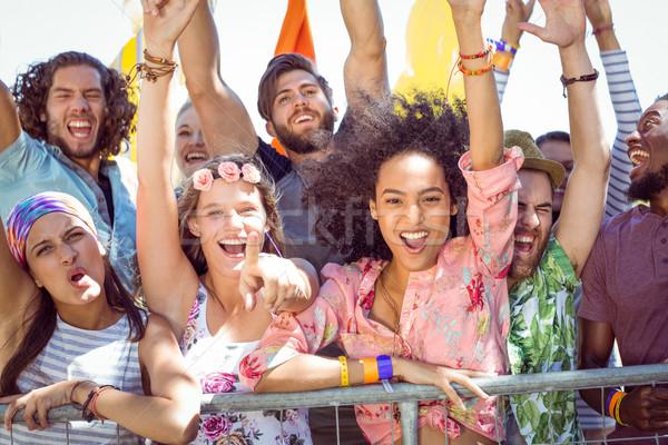 Animado jovens cantando festival de música mulher música Foto stock © wavebreak_media