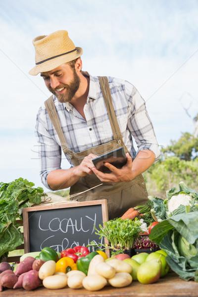 Agriculteur organique produire homme Photo stock © wavebreak_media