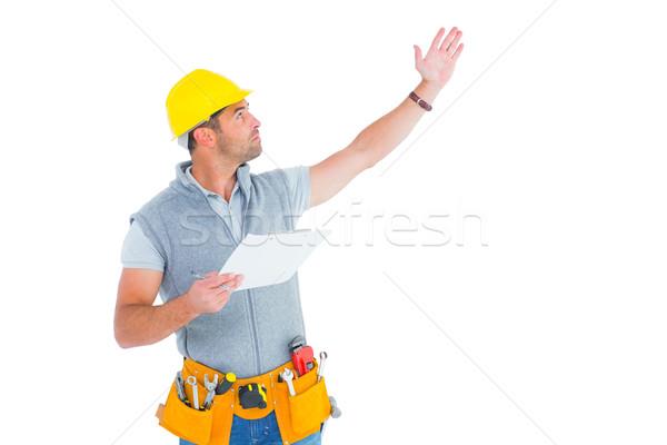 Férfi felügyelő kéz kiemelt tart vágólap Stock fotó © wavebreak_media