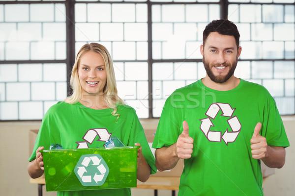 Stockfoto: Portret · vrolijk · vrijwilligers · recycling · symbool · vrouw