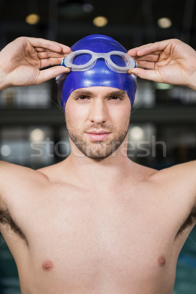 Portret pływak pływanie okulary ochronne cap Zdjęcia stock © wavebreak_media