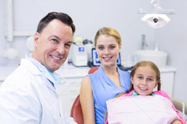 Ritratto dentista giovani paziente madre ragazza Foto d'archivio © wavebreak_media