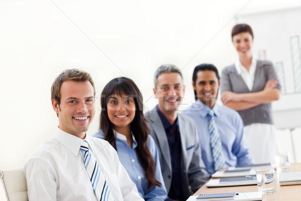 Tonen etnische diversiteit presentatie kantoor business Stockfoto © wavebreak_media