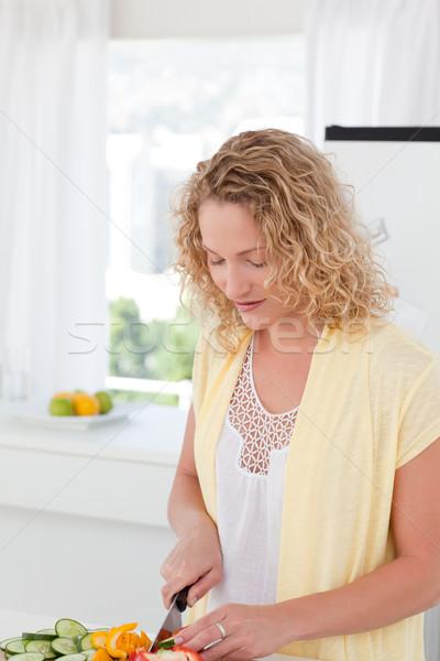 Vonzó nő főzés otthon nő család lány Stock fotó © wavebreak_media