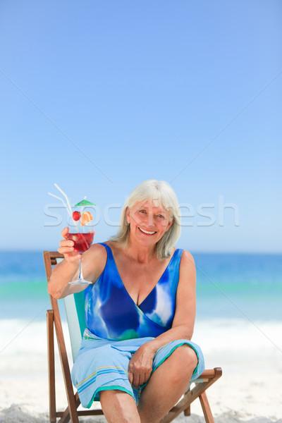 питьевой коктейль пляж женщины солнце Сток-фото © wavebreak_media