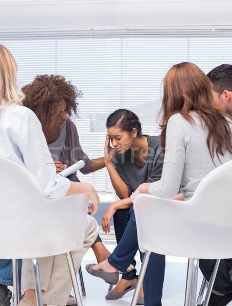 Terapeuta bátorít beteg csoport terápia iroda Stock fotó © wavebreak_media