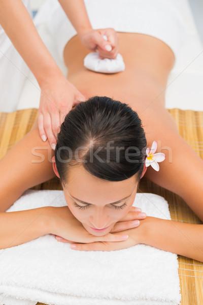 Paisible brunette massage Photo stock © wavebreak_media