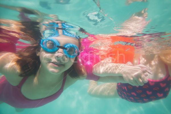 Cute дети позируют подводного бассейна отдыха Сток-фото © wavebreak_media