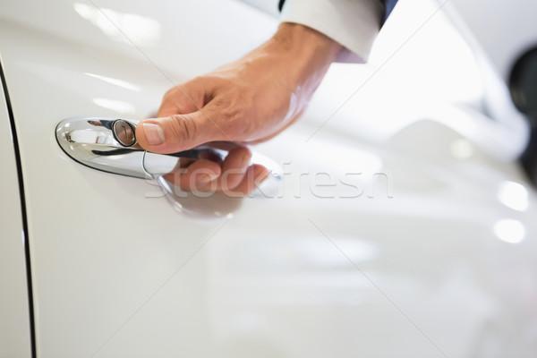 男 車 ドア 新しい車 ショールーム ストックフォト © wavebreak_media