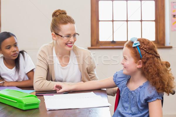 довольно учитель помогают классе школы Сток-фото © wavebreak_media