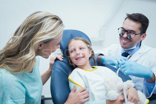 Dişçi kızlar dişler asistan diş hekimleri Stok fotoğraf © wavebreak_media