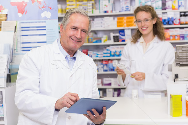 Senior farmacista ospedale farmacia uomo Foto d'archivio © wavebreak_media