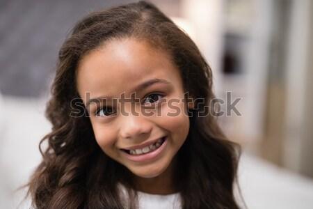 Ritratto sorridere ragazza home famiglia Foto d'archivio © wavebreak_media