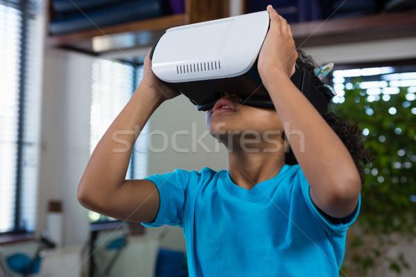 Stok fotoğraf: Kız · sanal · gerçeklik · kulaklık · klinik · mutlu