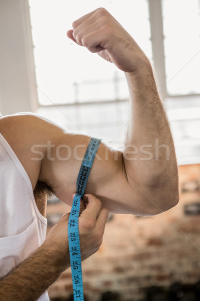 Homme biceps bande gymnase main Photo stock © wavebreak_media