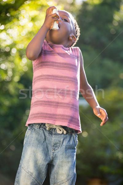 Fiú asztma gyermek egészség gyógyszer fekete Stock fotó © wavebreak_media