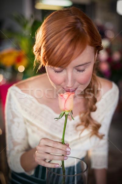 Feminino florista rosa flor negócio Foto stock © wavebreak_media