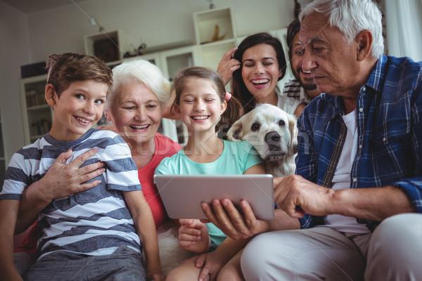 Stock fotó: Boldog · család · digitális · tabletta · nappali · otthon