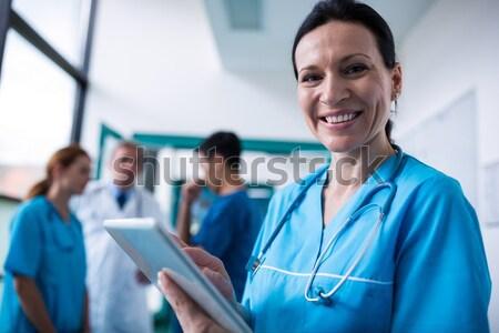 Ritratto medico infermiera Xray visitare felice Foto d'archivio © wavebreak_media