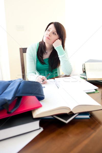 Encantador menina adolescente estudar secretária mulher menina Foto stock © wavebreak_media