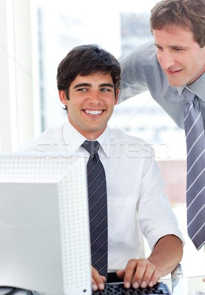 Charmant zakenman werken computer manager kantoor Stockfoto © wavebreak_media
