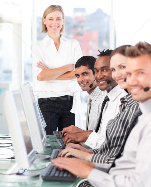 Foto stock: Grave · equipo · centro · de · llamadas · negocios · teléfono · Internet