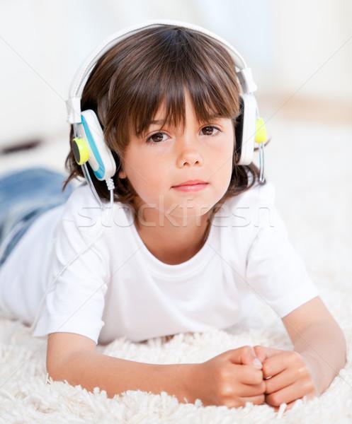 Сток-фото: мальчика · музыку · спальня · девушки · детей