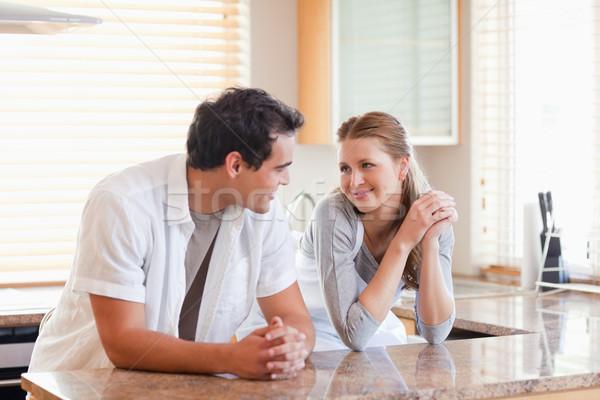 Cozinha olhando outro sorrir amor Foto stock © wavebreak_media