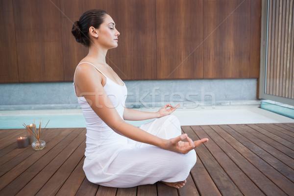 Békés barna hajú fehér ül lótusz póz Stock fotó © wavebreak_media