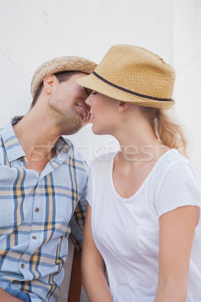 молодые бедро пару сидят скамейке Сток-фото © wavebreak_media