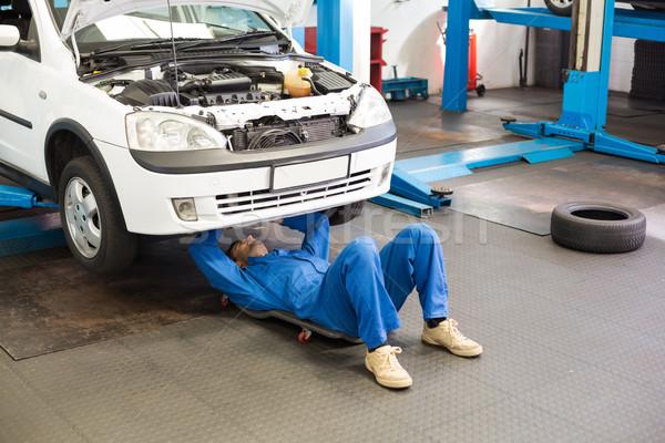 Mechaniker arbeiten Auto Autoreparatur Garage Service Stock foto © wavebreak_media