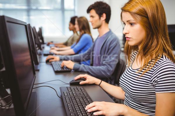 Fókuszált diák számítógép osztály egyetem internet Stock fotó © wavebreak_media
