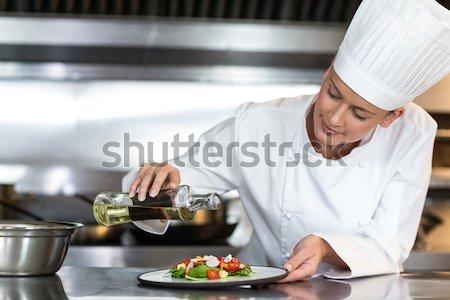 Szakács étel pult séfek kereskedelmi konyha Stock fotó © wavebreak_media