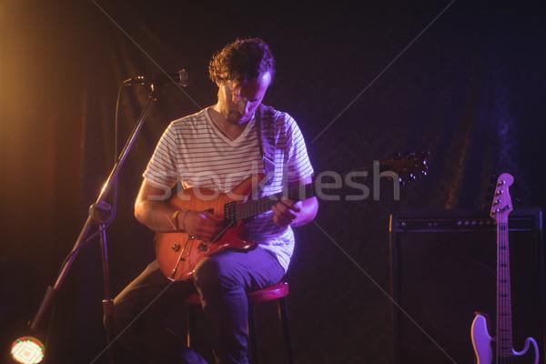 Mannelijke zanger muziek concert spelen Stockfoto © wavebreak_media