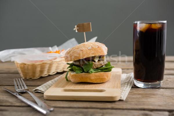 Hambúrguer beber servido tabela parede Foto stock © wavebreak_media