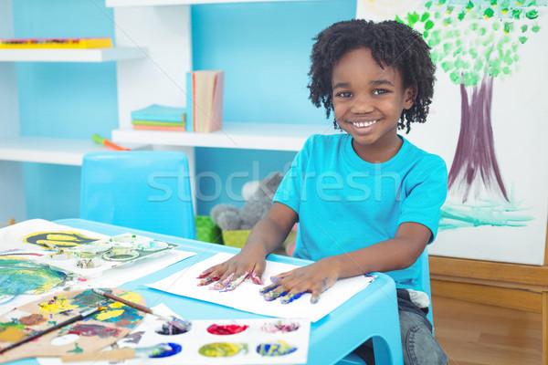 Boldog gyerek élvezi művészetek iparművészet festmény Stock fotó © wavebreak_media