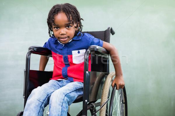 Alapfokú fogyatékos fiú osztályterem portré tábla Stock fotó © wavebreak_media