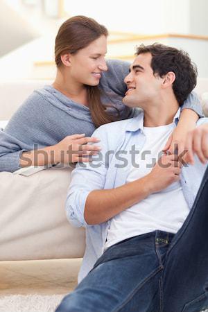 Férj elvesz hőmérséklet kanapé otthon nő Stock fotó © wavebreak_media