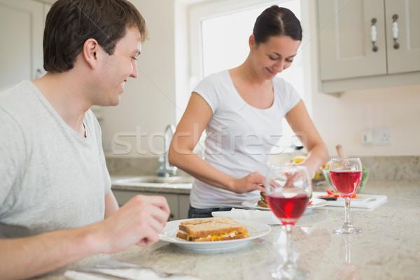 два молодые люди обед питьевой вино кухне Сток-фото © wavebreak_media