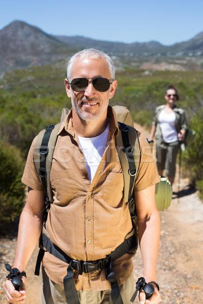 Boldog kirándulás pár sétál hegy nyom Stock fotó © wavebreak_media