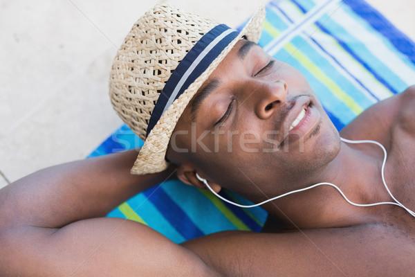 красивый рубашки человека музыку Сток-фото © wavebreak_media