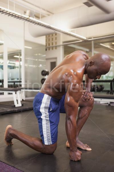 Sin camisa muscular hombre gimnasio sexy Foto stock © wavebreak_media