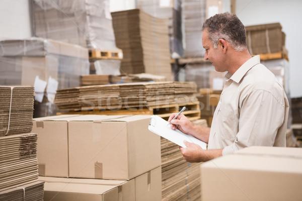 Almacén trabajador lista portapapeles grande negocios Foto stock © wavebreak_media