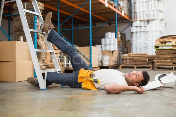 Munkás padló raktár oldalnézet férfi üzlet Stock fotó © wavebreak_media