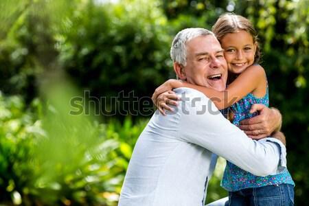 祖父 孫娘 ピギーバック 森林 肖像 ストックフォト © wavebreak_media