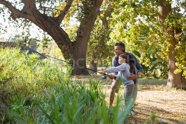 Père en fils pêche rivière forêt homme garçon Photo stock © wavebreak_media