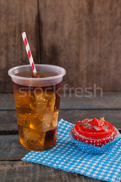 Decorado bebida fria mesa de madeira azul Foto stock © wavebreak_media