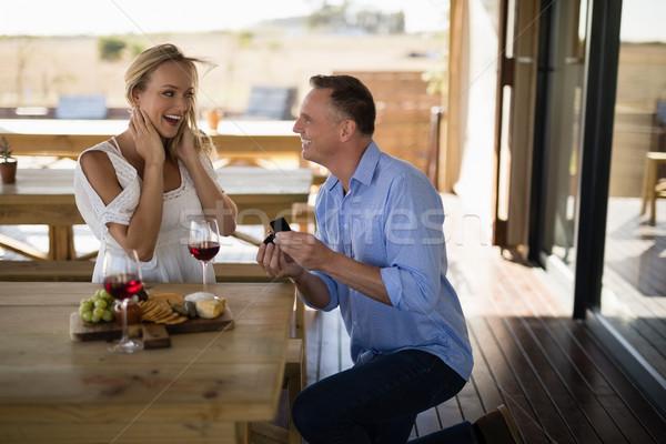 男 婚約指輪 驚いた 女性 レストラン ガラス ストックフォト © wavebreak_media