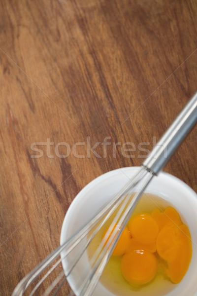 View uovo ciotola filo tavolo in legno Foto d'archivio © wavebreak_media