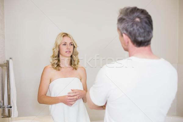 Alterar Pareja argumento bano mujer casa Foto stock © wavebreak_media